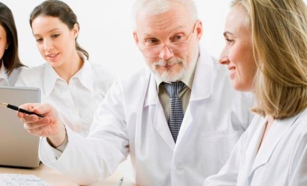 Правление НОАВ предлагает обсудить правовые проблемы здравоохранения, а также вопросы аккредитации и непрерывного медицинского образования