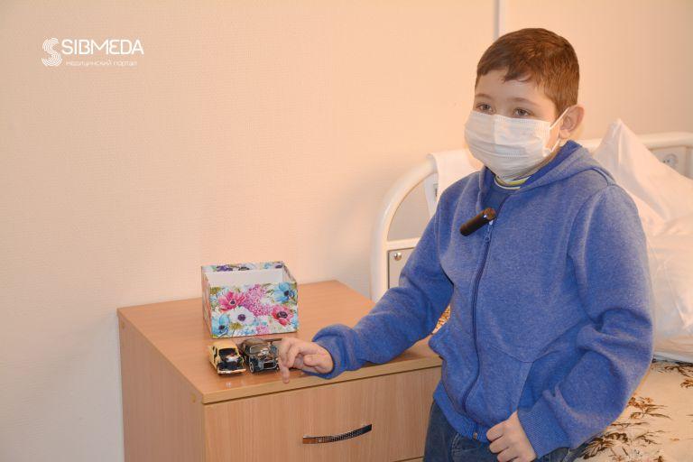 Новосибирские хирурги впервые выполнили операцию по пересадке ребёнку двух органов от посмертного донора