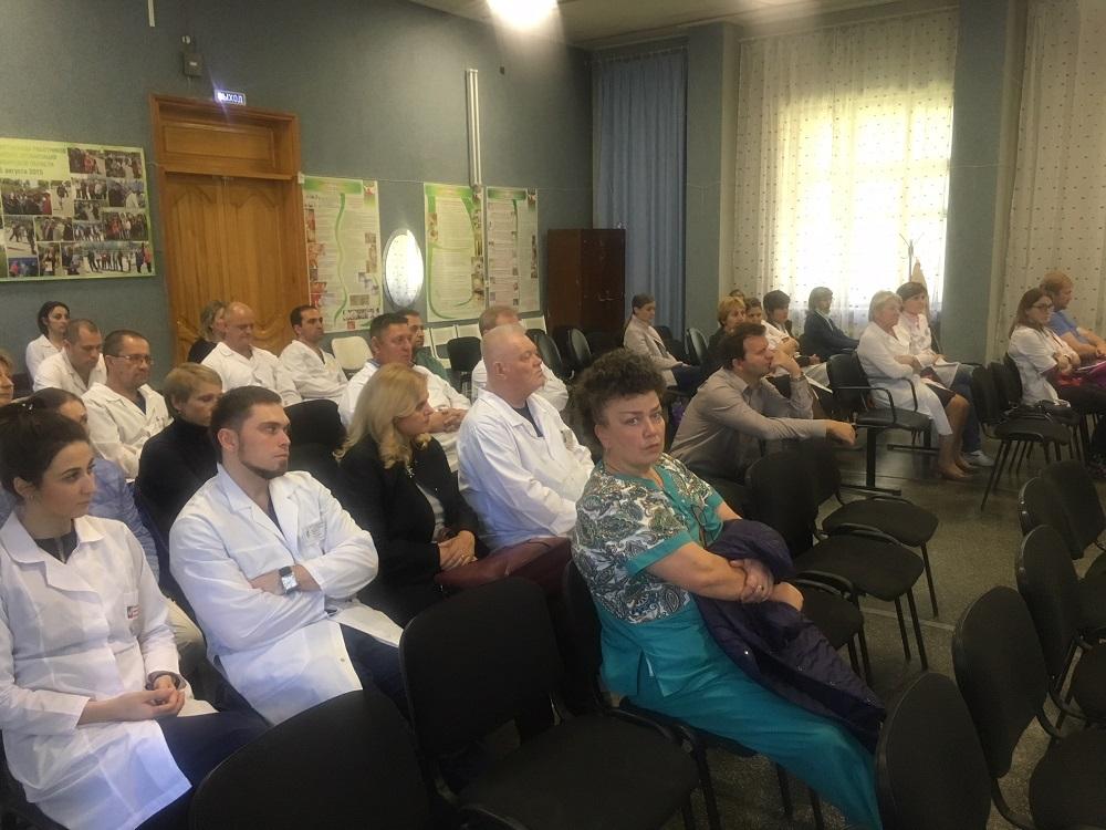 При активном участии городской клинической больницы №25 в Новосибирске были организованы мероприятия, направленные на улучшение связей между научно-медицинской общественностью России и США, а также повышения уровня медицинских знаний