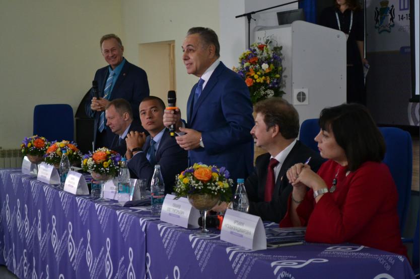 Акушеры-гинекологи со всего Сибирского федерального округа обсуждают перспективы репродуктивной медицины