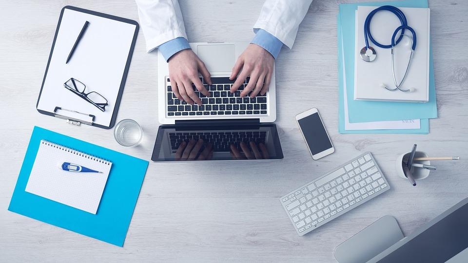 Информатизация медицины в Новосибирске подверглась серьезной критике